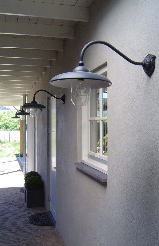 Stallamp Lucce loodkleur (2 modellen)   Buitenverlichting   WWW.ZINKENZO.NL: