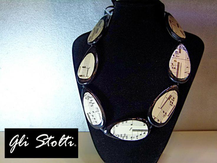 Collane decorate con Spartiti Musicali originali. Gli Stolti Original Design. Handmade in Italy.  #moda #artigianato #design #madeinitaly #shopping #roma #bijoux #musica