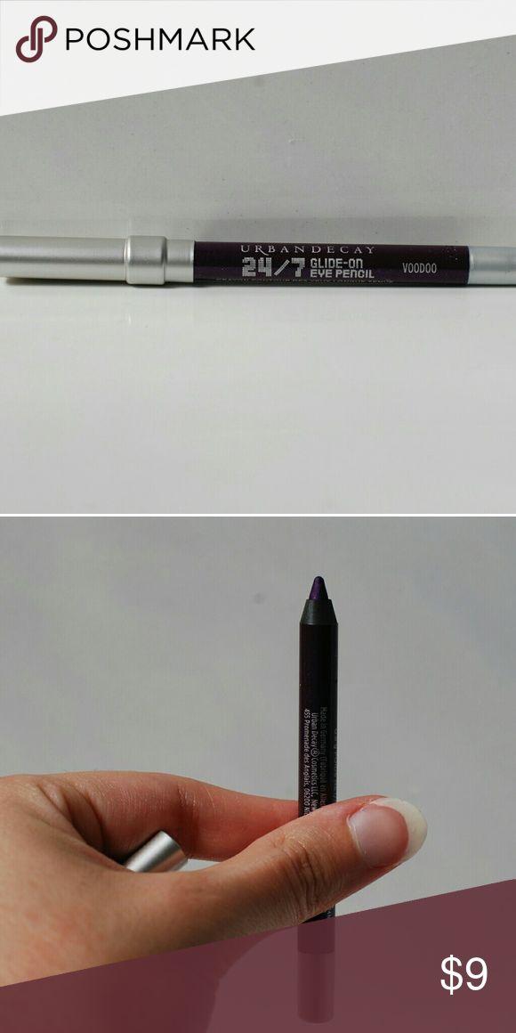 """NEVER USED Mini Urban Decay Glide-On Eye Pencil BRAND NEW, NEVER USED Mini Urban Decay 24/7 Glide-On Eye Pencil in """"Voodoo"""" (Dark Purple). Creamy, long-lasting, and waterproof. Urban Decay Makeup Eyeliner"""
