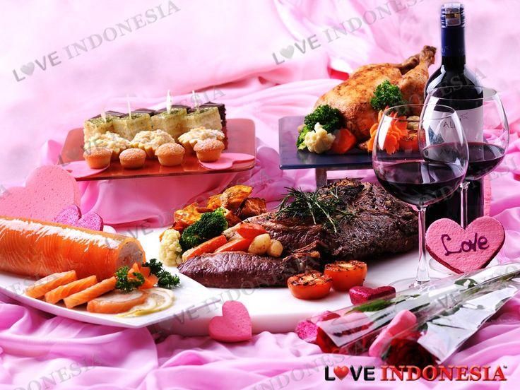 Di Hari Valentine nanti, Hotel Borobudur Jakarta akan memanjakan semua sejoli dengan berbagai penawaran makan malam dan perawatan spa yang romantis nan berkesan.