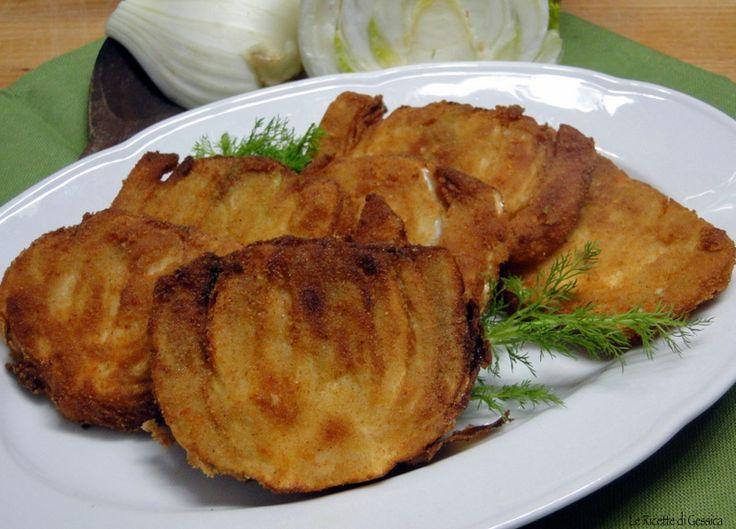 Ricetta per preparare in casa le COTOLETTE DI FINOCCHI. Una ricetta vegetariana a base di finocchio, impanato e fritto oppure cotto al forno. Ricetta light