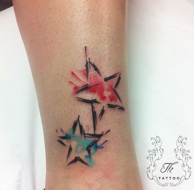Brush tattoo, watercolor tattoo, stars tattoo, splash tattoo, girls tattoo, tatuaje color, tatuaje bucuresti, tatuaje fete, tatuaje mici