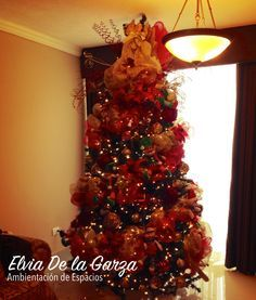 pinos de navidad decorados con rojo y dorado buscar con google