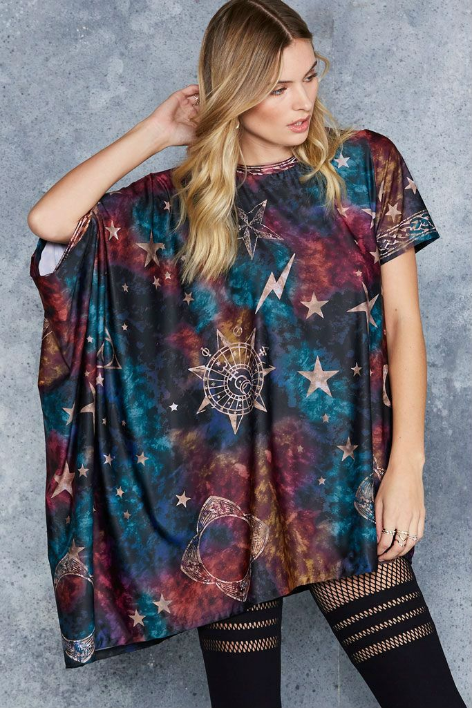 Someone buy me these things especially this invisibility cloak shirt