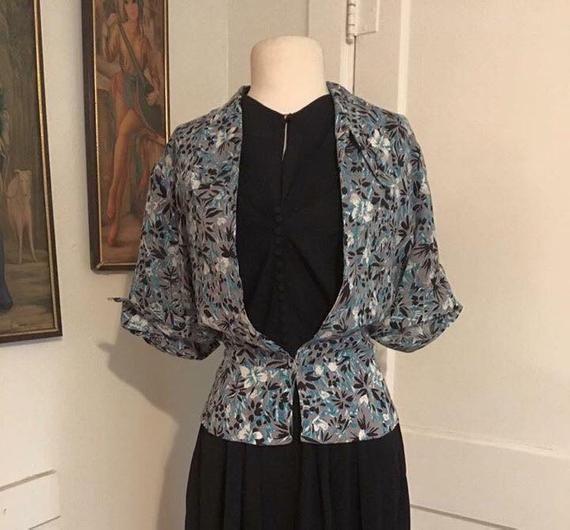 1940s 1950s rayon silk novelty print  peplum jacket size L XL