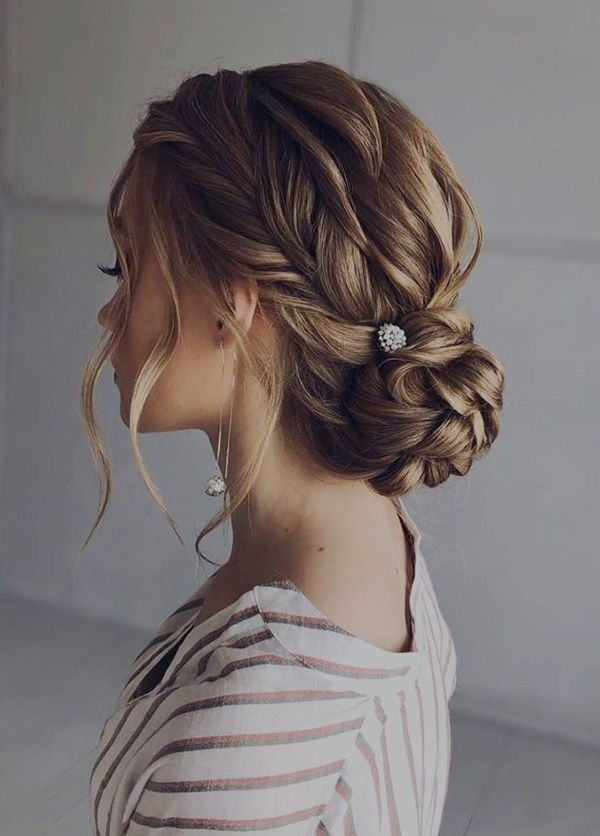 5 Gorgeous Prom Hairstyles