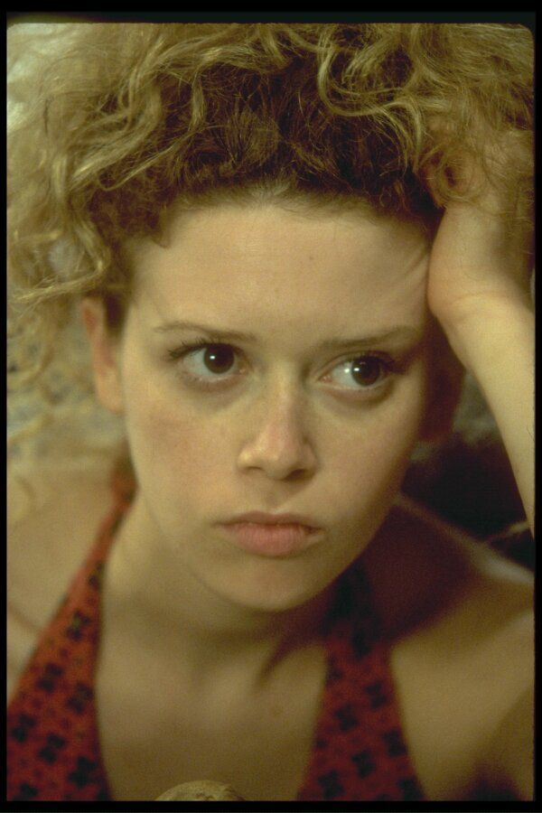 Natasha Lyonne stars as Vivian Abramowitz Ok I think I have a little bit of a girl crush just something about her that I love :)