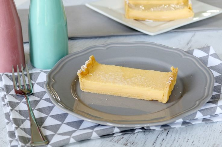 A deliciously simple lemon tart made with sweet shortcrust pastry and a creamy lemon filling. This recipe is a family favourite!