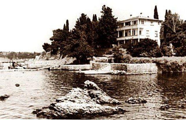 Eski zamanların İstanbul'u Bostancı - Kumru Yuvası - 1950