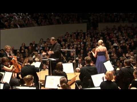 Violin Concerto by Jean Sibelius (excerpt) / Elina Vähälä & Lahti Symphony