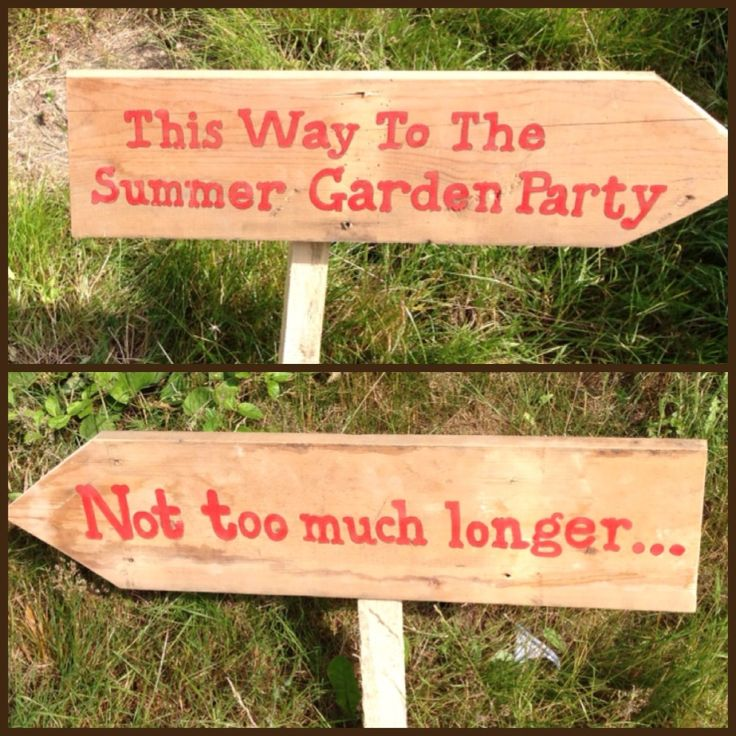 Fleur de Lace has been busy painting signs today.... Secret Garden party here they come.
