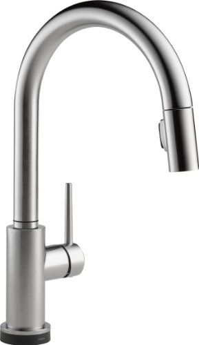 Delta Faucet Trinsic Single Handle Pull Down Kitchen Faucet With Magnetic  Docking, Champagne Bronze