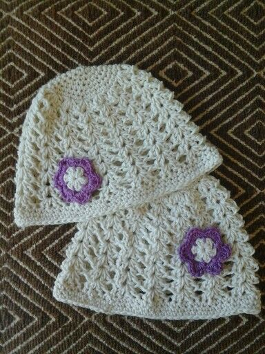Shell stitch hats