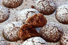 Feinporig, durchweg knusprig und ein Mundfühlerlebnis: Uroma Ernas Kakaokugeln