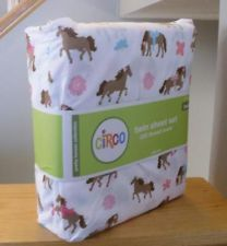 Horse Comforters For Girls | ... PRETTY HORSES Twin Size Sheet Set Girl Horse Print Bed Bedroom Pony