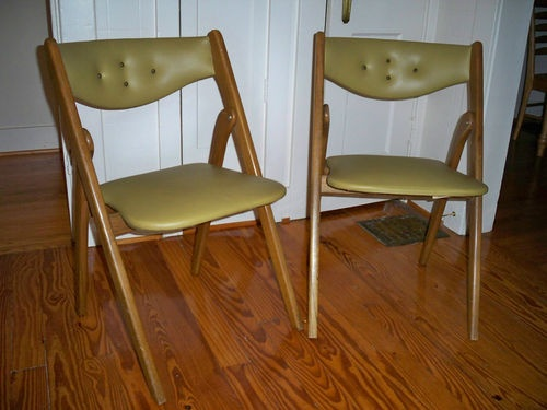 2 Mid Century Modern Coronet Wonderfold Folding Chairs
