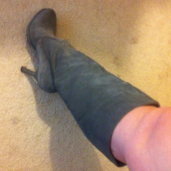 """BCBGeneration gray suede boots 10 Size 10 gray suede boots. Heel is approx 4"""". Good condition: on side rubbing from laying in box. Also, see picture. BCBGeneration Shoes Heeled Boots"""