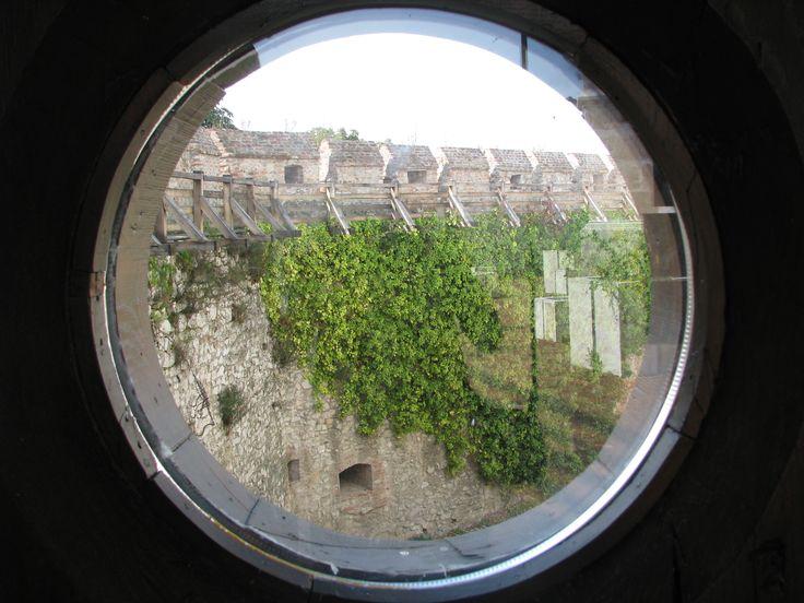 Siklósi vár ablaka