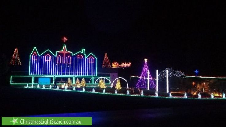 Christmas Lights in Chirnside Park, VIC. http://xmaslights.co/y