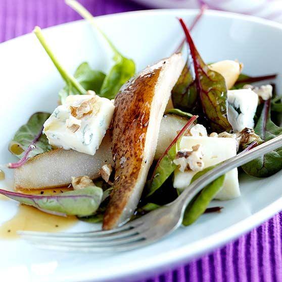 Ost og pæresalat med lun dressing