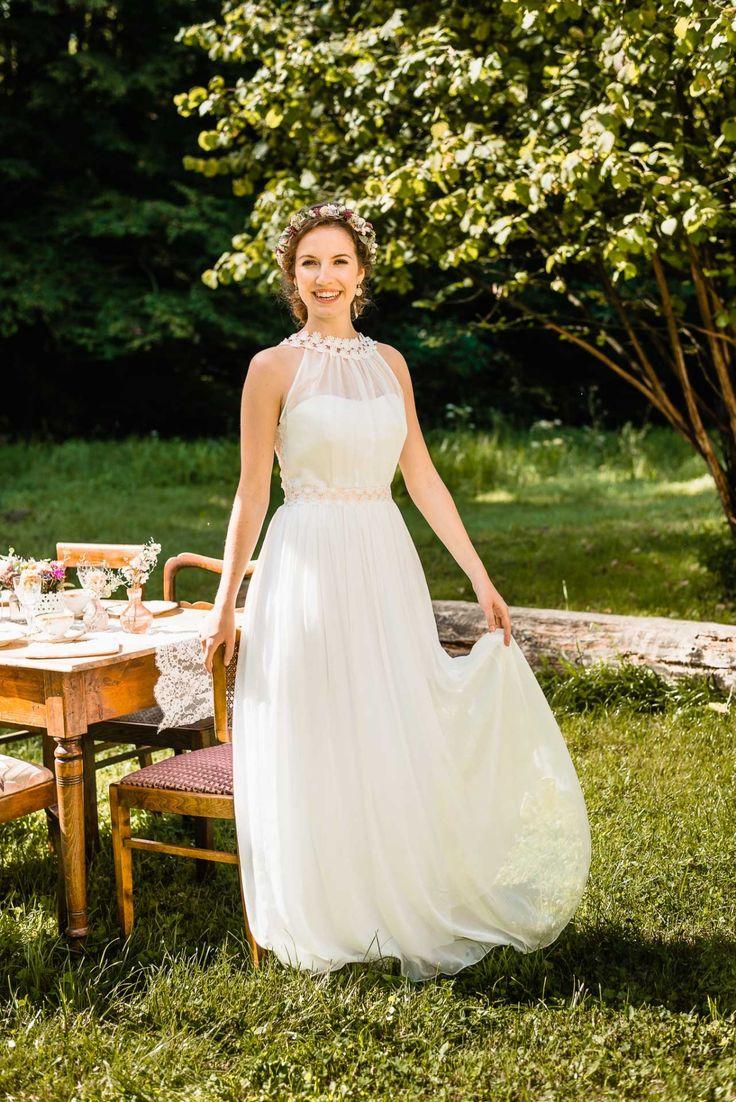 41 best Kleid images on Pinterest   Short wedding gowns, Bridal ...