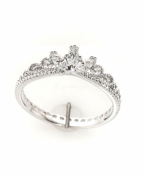 14k White Gold and CZ Delicate Crown Ring //$26
