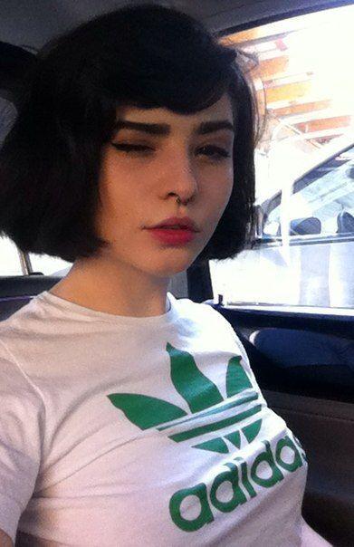Resultado de imagem para short hair tumblr