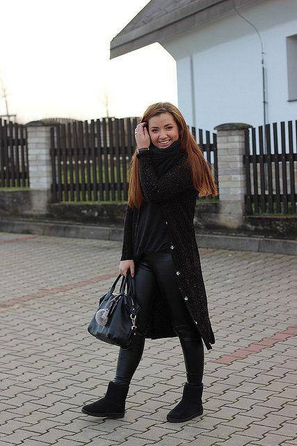 bloggerka Alice v krásném svetru, který je k dostání zde: http://modino.cz/dlouhy-rozepinaci-svetr-33303736.html #blogger #modino_cz #modino_style #francebaby #sweater #style #outfit #oodt #beauty