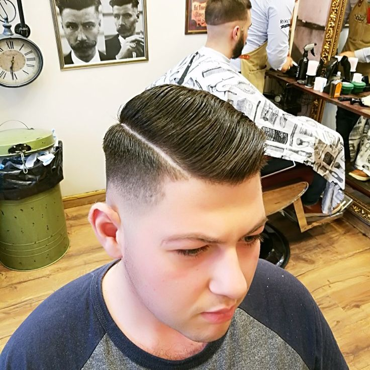 That's all for today folks! See you again tomorrow Saturday 09.00-21.00. Next available bookings at Monday 22/05 #roostersbarbershopathens #roosters #barbershopAthens #roostersbarbershop