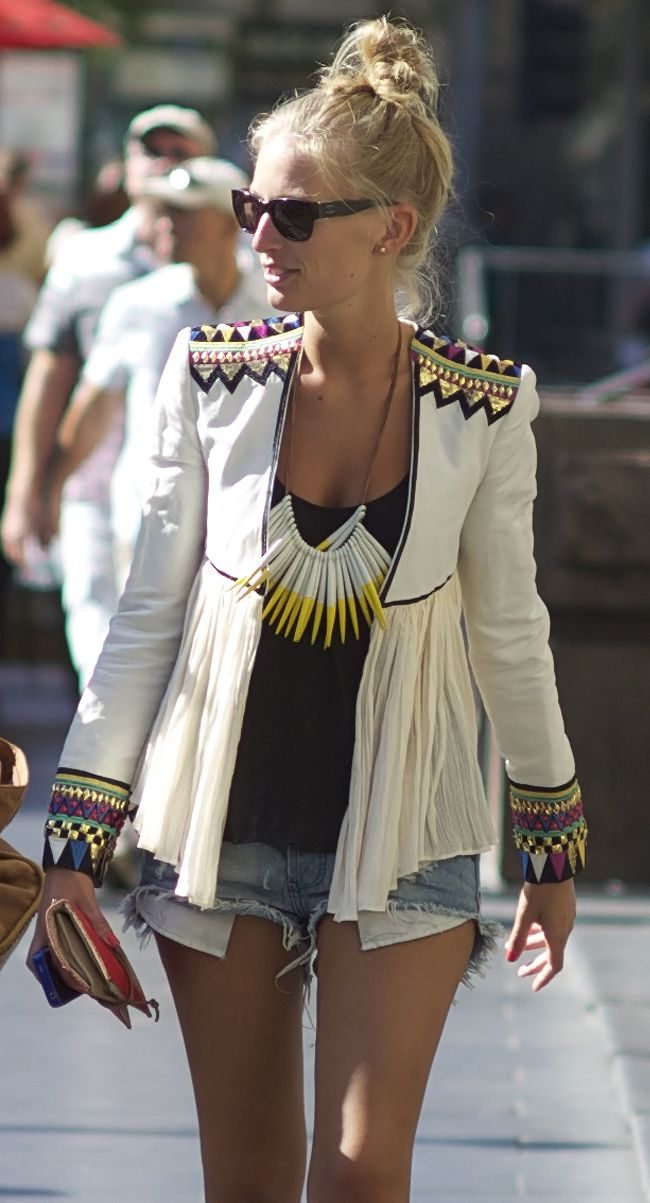 Seriously, that jacket!!: Outfit Summer, Fashion Outfit, Statement Necklaces, Jackets, Street Styles, Shorts, Blazers, Fashion Bloggers, Victoria Secret Models