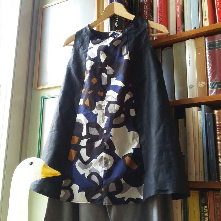 Blusa Madamadore ' in lino e cotone. @Le peonie #cucitoitaliano #bergamo #creazioni artigianali # vestiti #accessori nandapavoni50@gmail.com