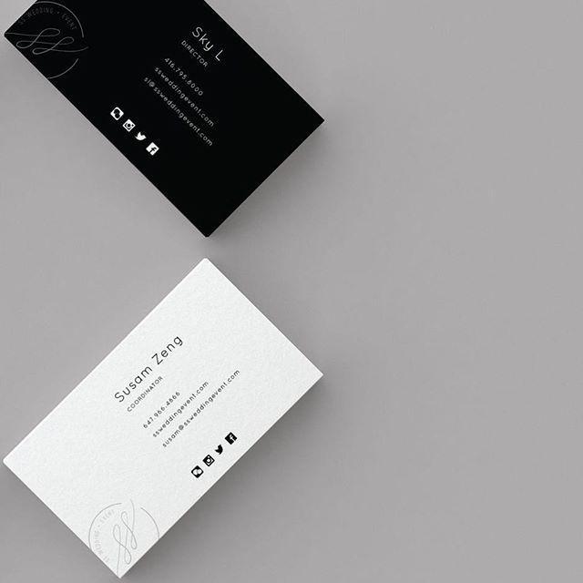 Nothing more awesome than the founders @ssweddingevent who decided on black and white variations of their business cards. White for me and black for you. Works out magically and that's why they make a great team. What you see here is only the back of these beautifully designed details with a submark, the front to be revealed soon! #blackandwhiteworks #businesscarddesign #torontobusinesscards ⠀  ⠀