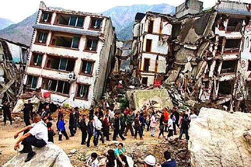 Durante il disastroso terremoto in Cina del 2004, gli edifici presero fuoco e crollarono creando molte vittime. Da allora, i cinesi impiegano molto più vanadio per rendere le costruzioni meno vulnerabili ai terremoti e i consumi di metallo nel paese sono in forte crescita.