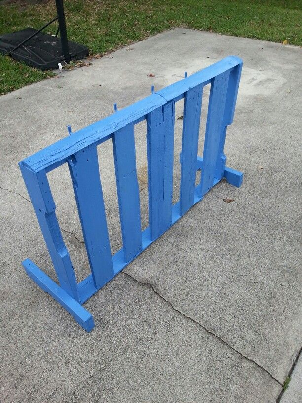 Bike rack made from pallets