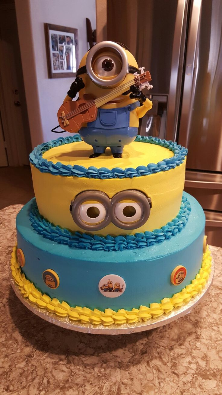 Simple and easy Minions cake | Minion birthday cake, Cake designs birthday, Boy birthday cake