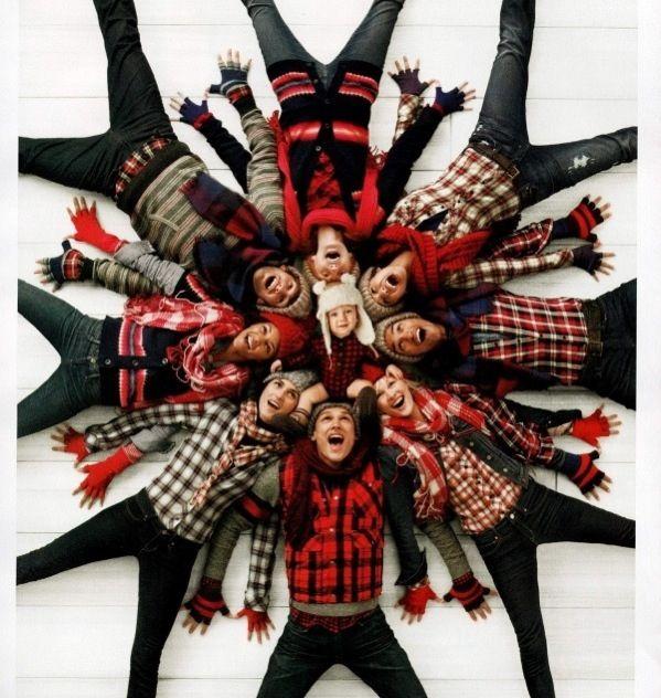 photo group pose  christmas snowflake