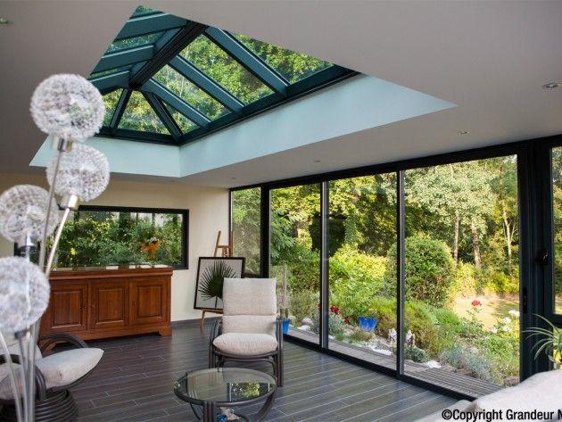 Une très belle luminosité dans son salon #home #déco #décoration - maison avec toit en verre