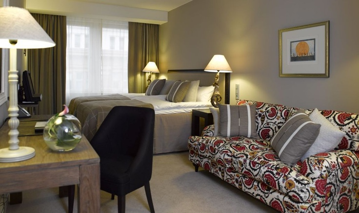 Comfort Room: A Comfort luxury room is a cozy place to relax. Enjoy the spa bathroom, watch films, listen to your favorite music and have a good night's sleep in the wonderfully comfortable bed.