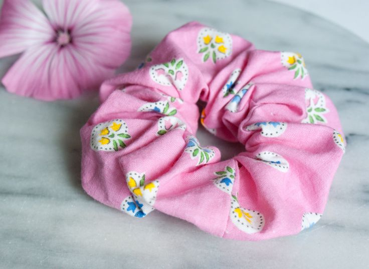 Hair Scrunchie - Hair Accessory - Pink Scrunchie - Handmade Scrunchy - Floral…