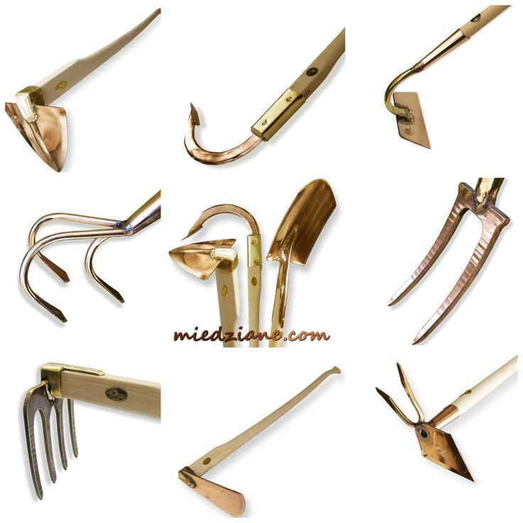 Duże, solidne narzędzia ogrodnicze do pielenia, spulchniania, kopania, przekopywania.