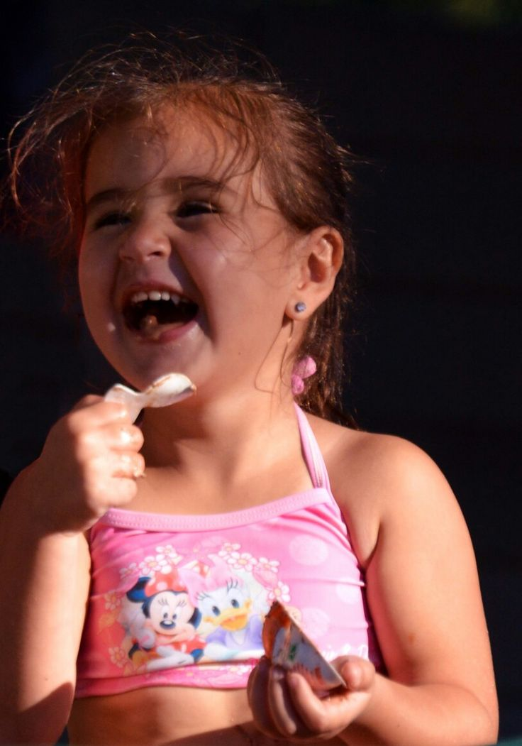 The face that shows a love for Kinderjoy!