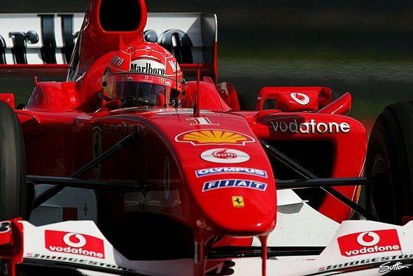 Schumachers Sieg in Ungarn sicherte Ferrari die Konstrukteurs-WM 2004 - Foto: Sutton