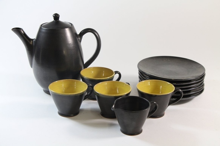 12-tlg Keramik Service schwarz & gelb handbemalt Jürgel Pulsnitz 20.Jhd   eBay, sold for EUR 8,50