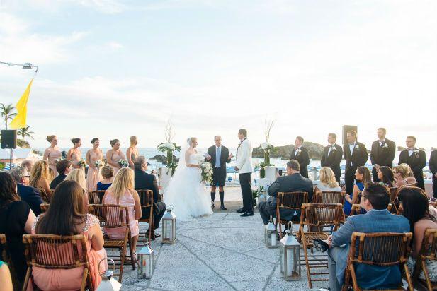 Bermuda Wedding at the Fairmont Southampton (Photo by Alexander Masters)