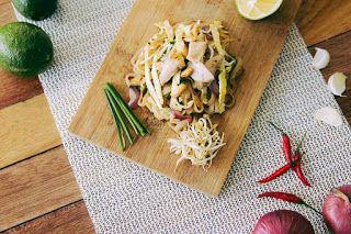 Azucar de Leche: Pollo al curry con fideos de calabacin #pastas #pollo #recetas #casera #fideos