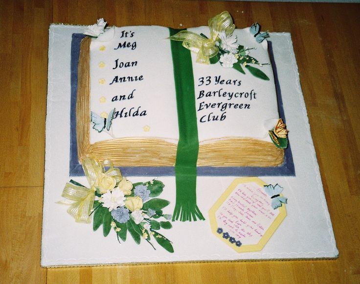 Cake commemorating original members of evergreen club