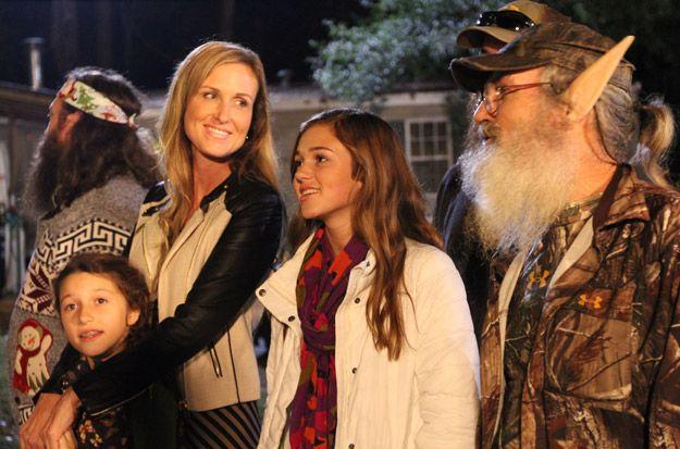 Duck Dynasty Sadie Robertson Bikini | Sadie Robertson suggests the family sing Christmas carols on Duck ...