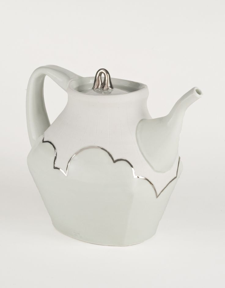 Anderson Bailey's teapot. This originally appeared in the June/July/August 2015 issue of Ceramics Monthly. http://ceramicartsdaily.org/ceramics-monthly/ceramics-monthly-junejulyaugust-2015/