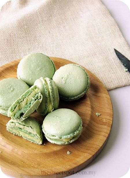 Vanilla Olive Oil Macaroon Recipe - I.die.for.these!