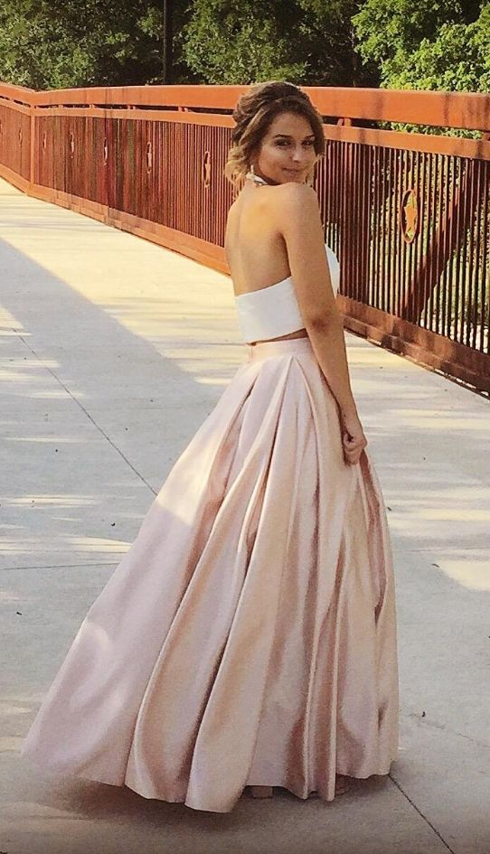 We traveled to numerous stores looking for a prom dress and all were too ornamental. I sent my daughter Amazon and... READ MORE ABOUT Ankang Women's Formal Halter Two Pieces Prom Dress Party Gowns With Pockets 2016 >>>